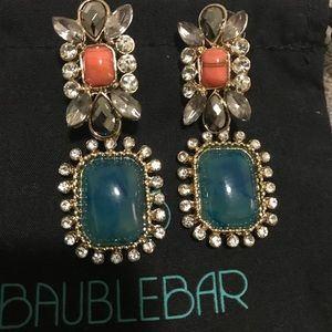 NWOT - BaubleBar Statement Drop Earrings